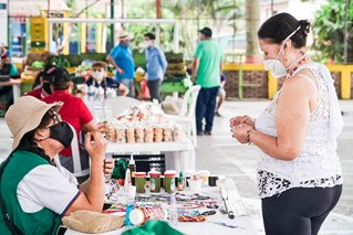 Photo of Productores reconocen éxito de la reapertura  de los Mercados Campesinos