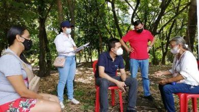 """Photo of """"Los procesos de legalización son para el futuro de nosotros, nuestras familias y nuestros barrios"""": Edil Comuna Ocho"""