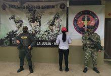 Photo of Capturada alias `La India Carolina' implicada en el homicidio de excombatientes de las Farc en el Meta