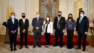 Photo of Presidente Iván Duque anuncia beca para Luis Ángel Vargas Peña, estudiante del municipio de Puerto López, que obtuvo el puntaje máximo en el ICFES a nivel nacional